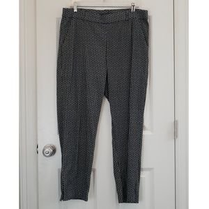 Black with White Pattern Stretch Ankle Pants